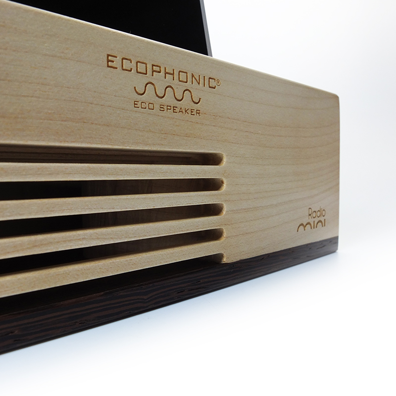 Altavoz ecophonic modelo mini radio en madera de arce