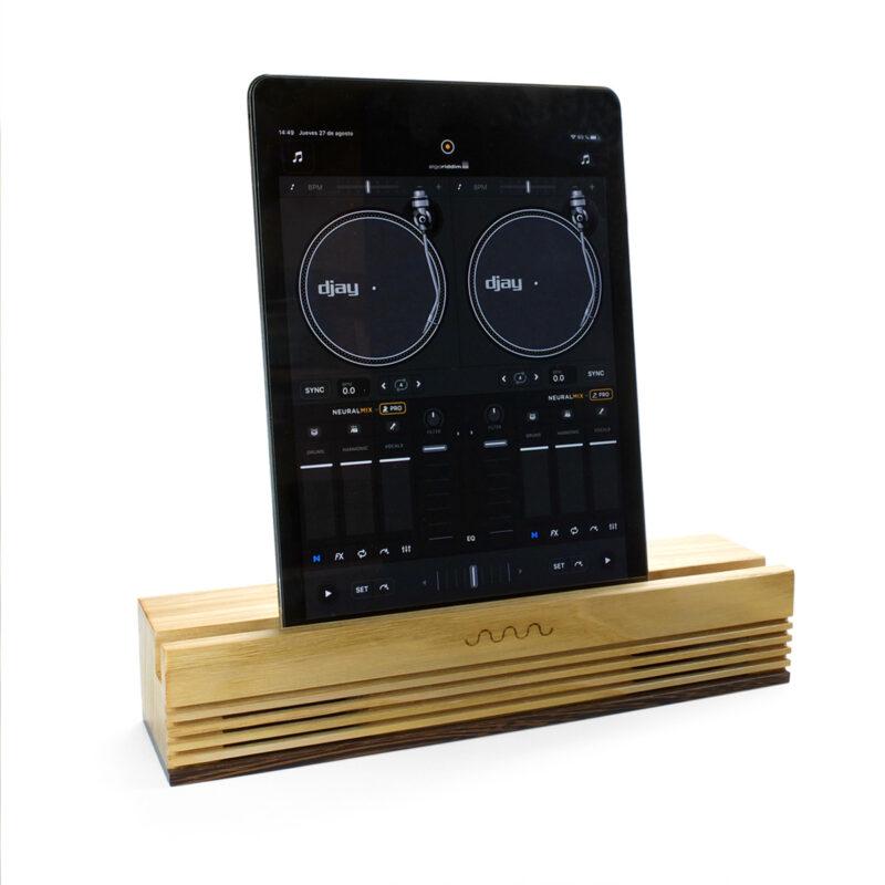 Passive speaker RADIO chesnut. Zero energy. Zero waste. Made in Spain