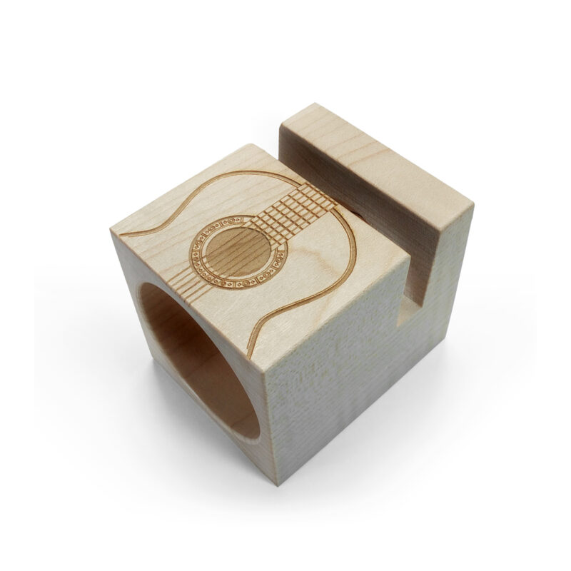 altavoz modelo UNO ecophonic con grabado de guitarra española